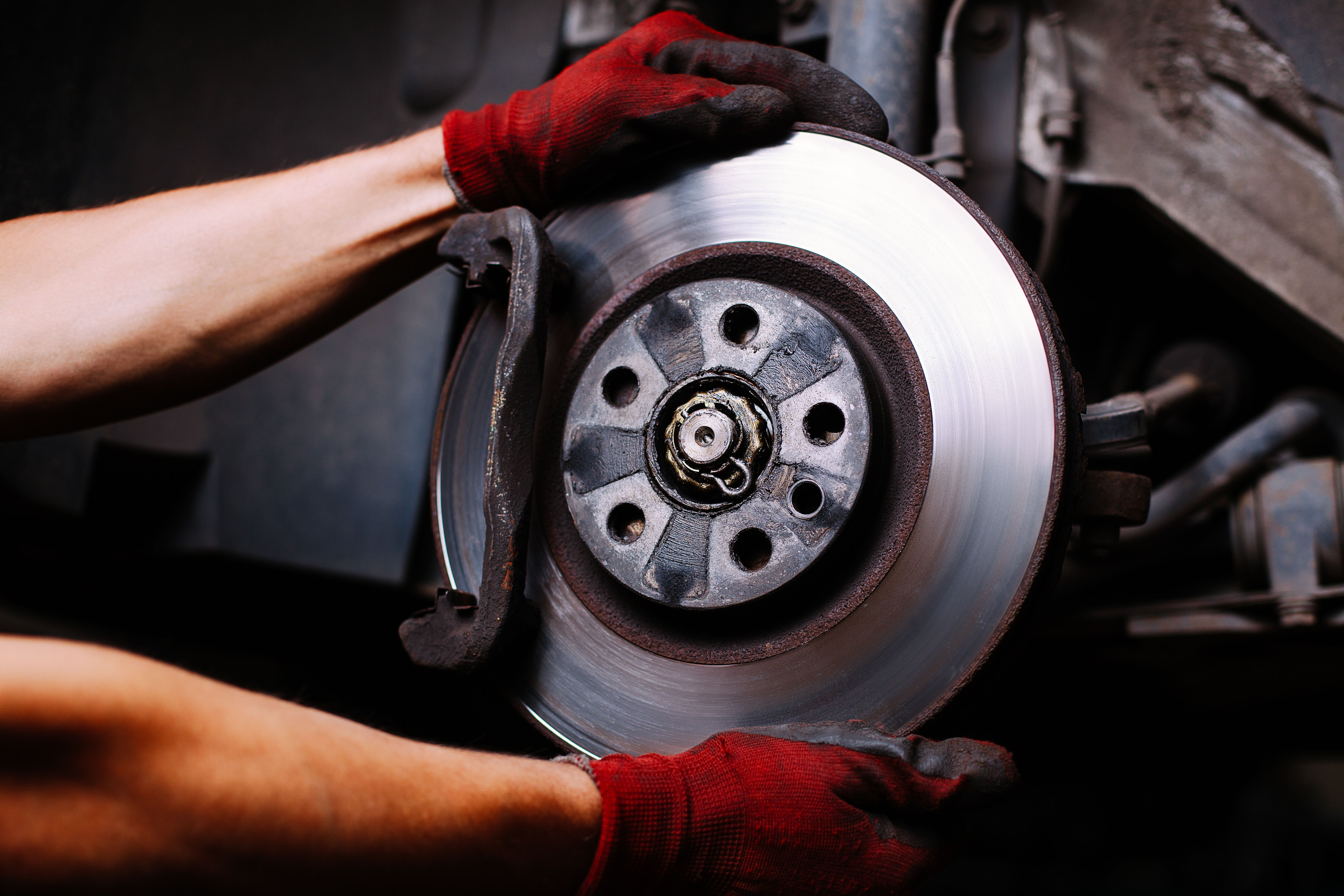 shutterstock_148283300 Brakes & Clutches